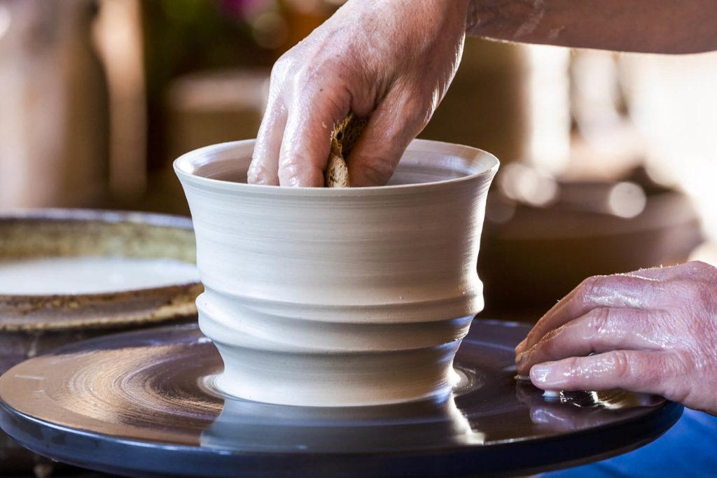 Ton in xTon Keramik Katarina Petersilge Drehscheibe töpfern