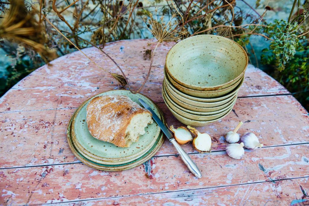 Ton in Ton Keramik Katarina Petersilge Steinzeug auf Tisch Töpferei