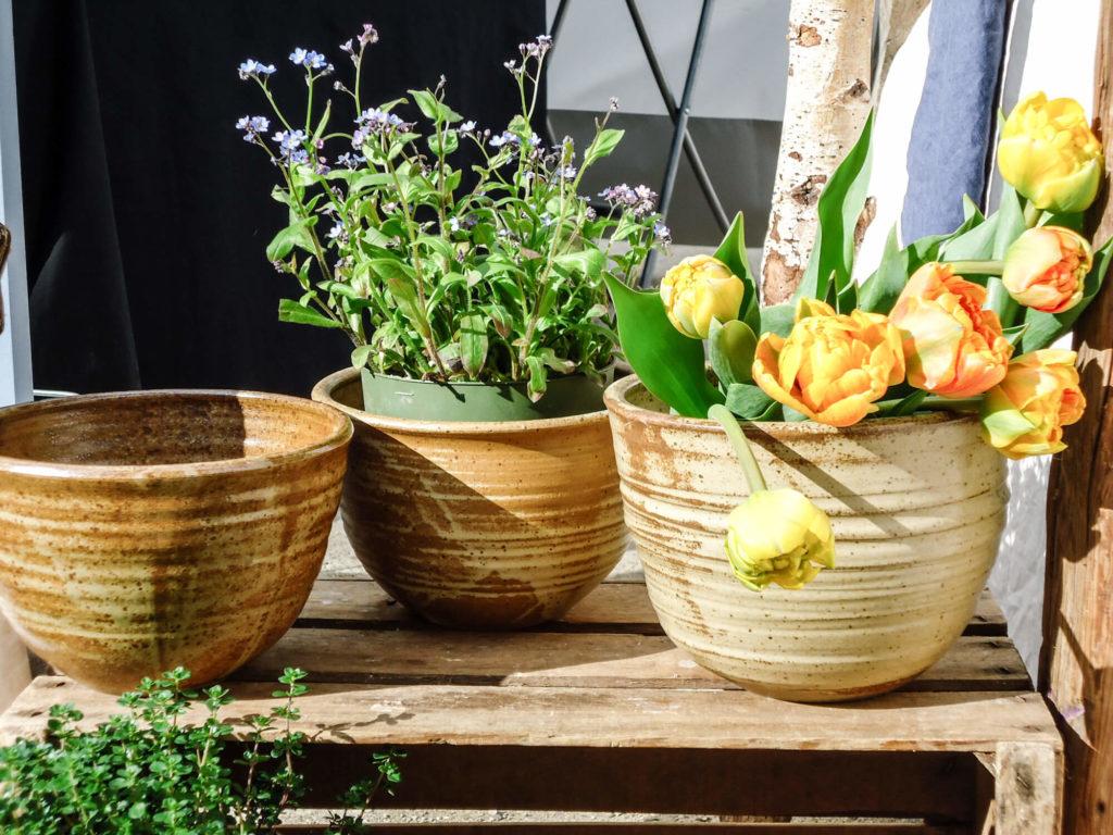 Katarina Petersilge Ton in Ton Keramik handgemacht faire Keramik Blumentöpfe Pflanztöpfe aus Ton