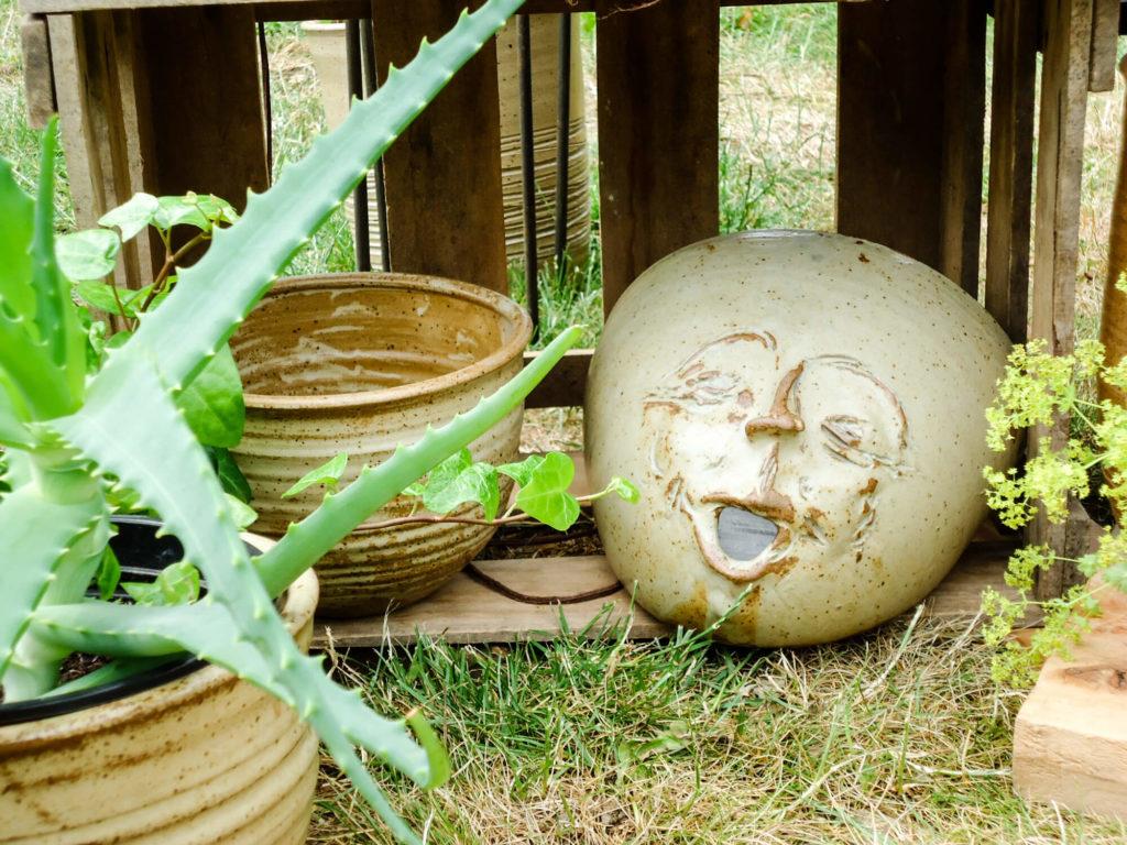Katarina Petersilge Ton in Ton Keramik handgemacht faire Keramik Pflanztops