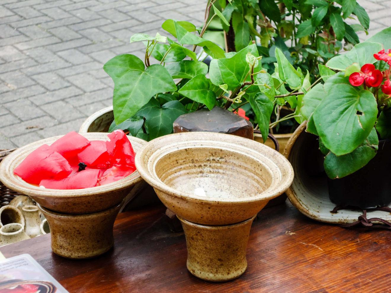 Katarina Petersilge Ton in Ton Keramik handgemacht faire KeramikKerzenrestefresser