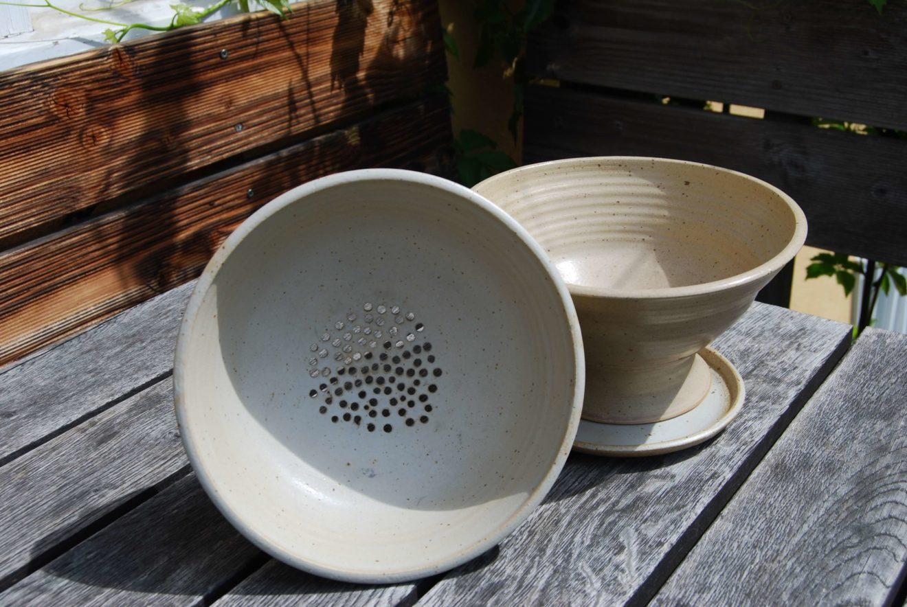 Nudelsieb Obstsieb Gebrauchskeramik handmade Steinzeug Ascheglasur